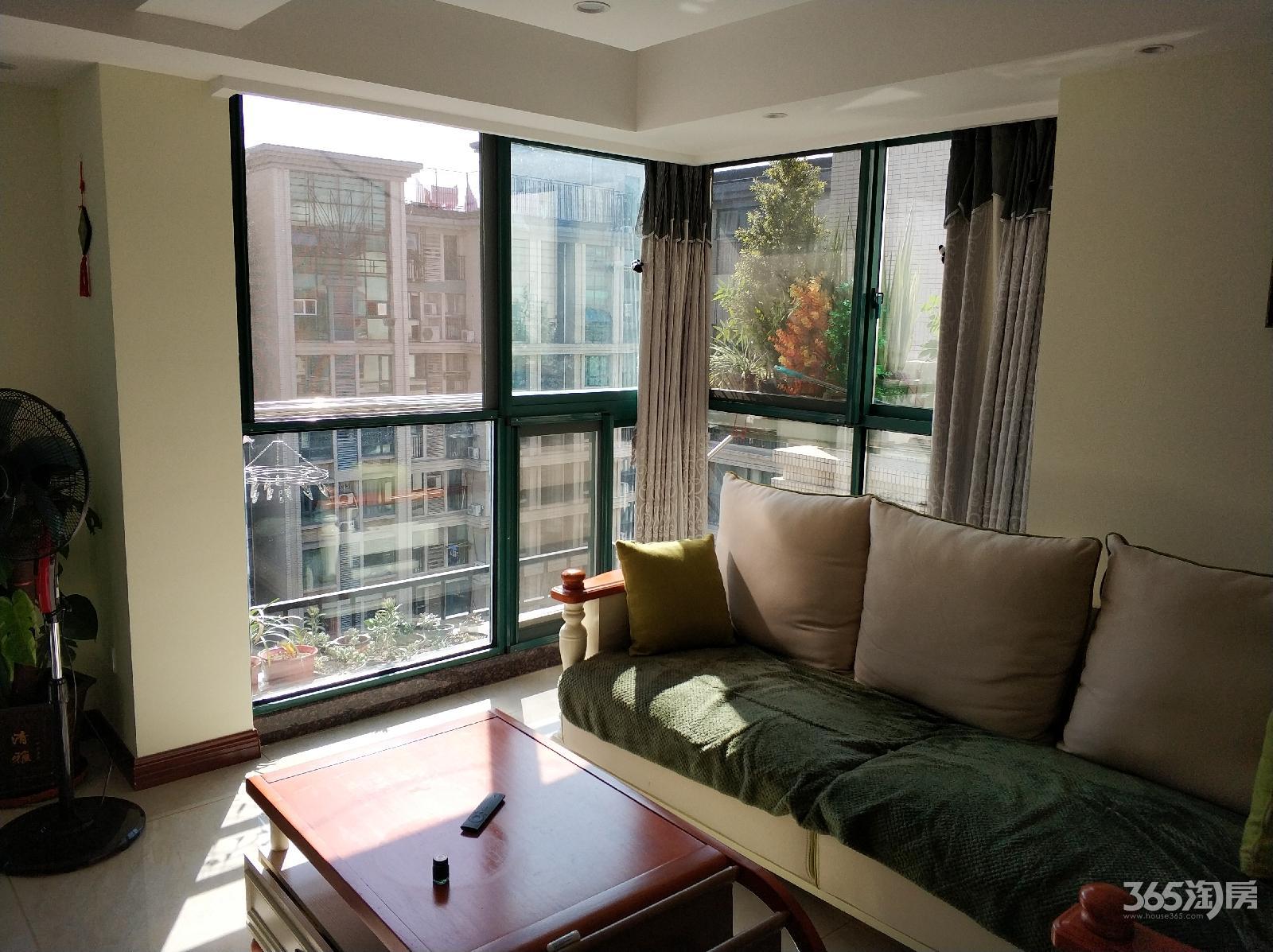 诚售可谈雅居乐花园2室1厅1豪华装朝南产权房