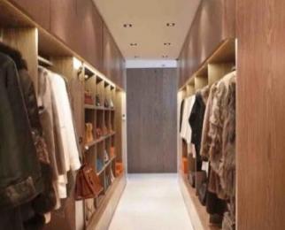 紫金上林苑5室2厅2卫175平米精装产权房2010年建