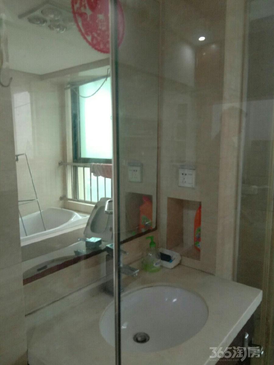 东方丽池1室1厅1卫45平米整租精装
