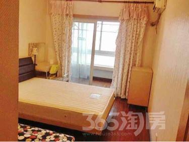 金奥华邸3室1厅1卫89平米简装产权房200