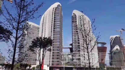 证大喜玛拉雅中心69平米精装可注册2017年建