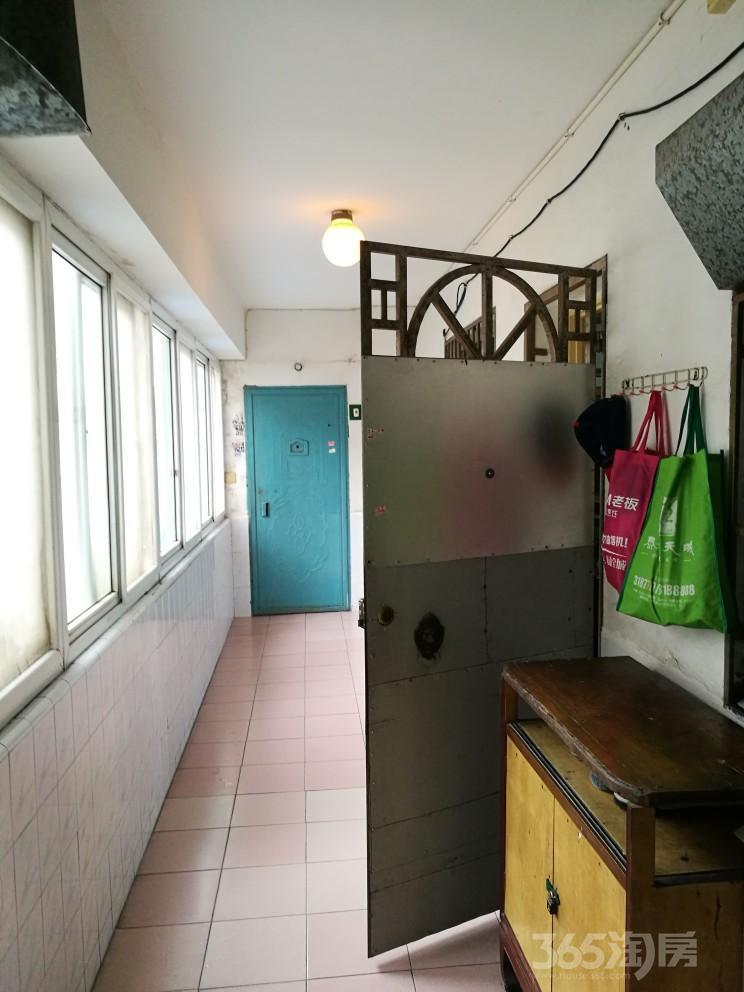 马鞍山雨山九村2室1厅1卫68平米2000年产权房精装