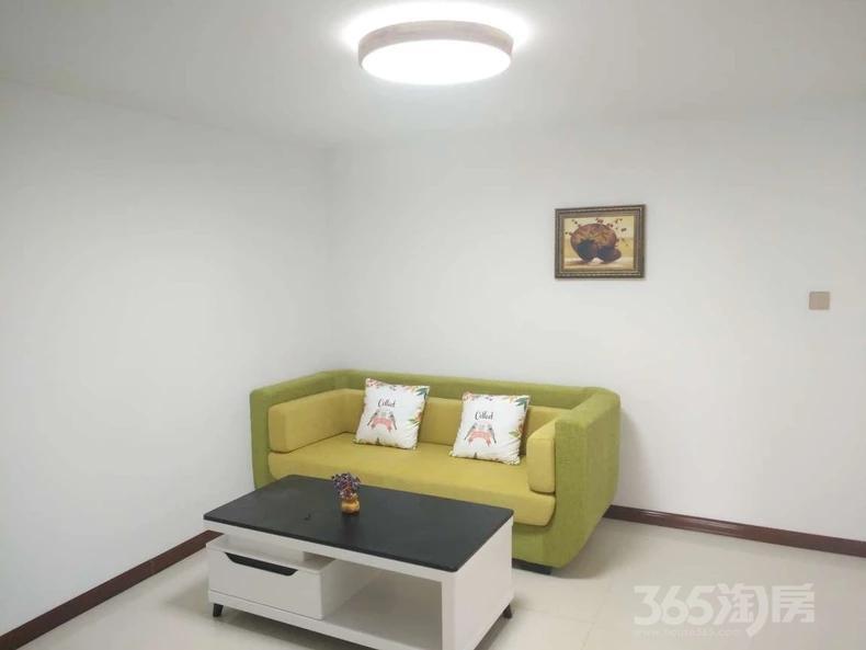 阳光嘉园2室1厅1卫78平米2010年使用权房精装