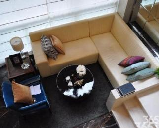 元通地铁口 新地中心旁 独一户型 豪华装修 含早餐车位 性