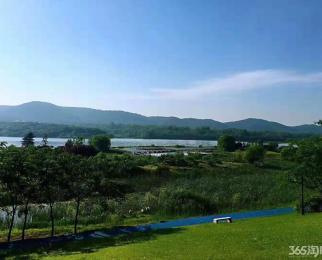 精装8万有山有水首付7万送私家阳台20平千亩湖景温泉古镇