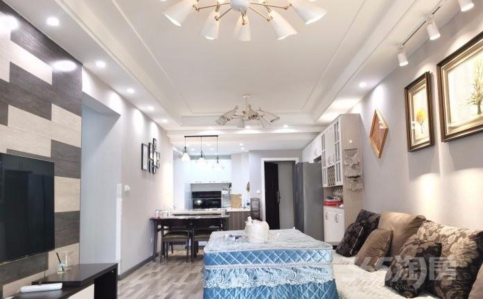保利未来城市3室2厅2卫66.8万元114平方