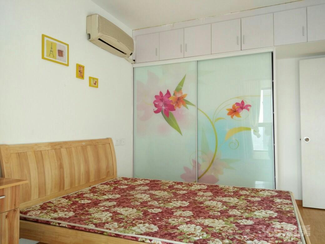 清润园3室1厅1卫85平米整租精装