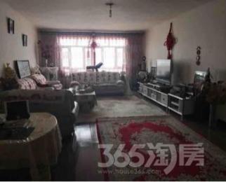 新疆师范大学家属区3室2厅2卫151平米精装