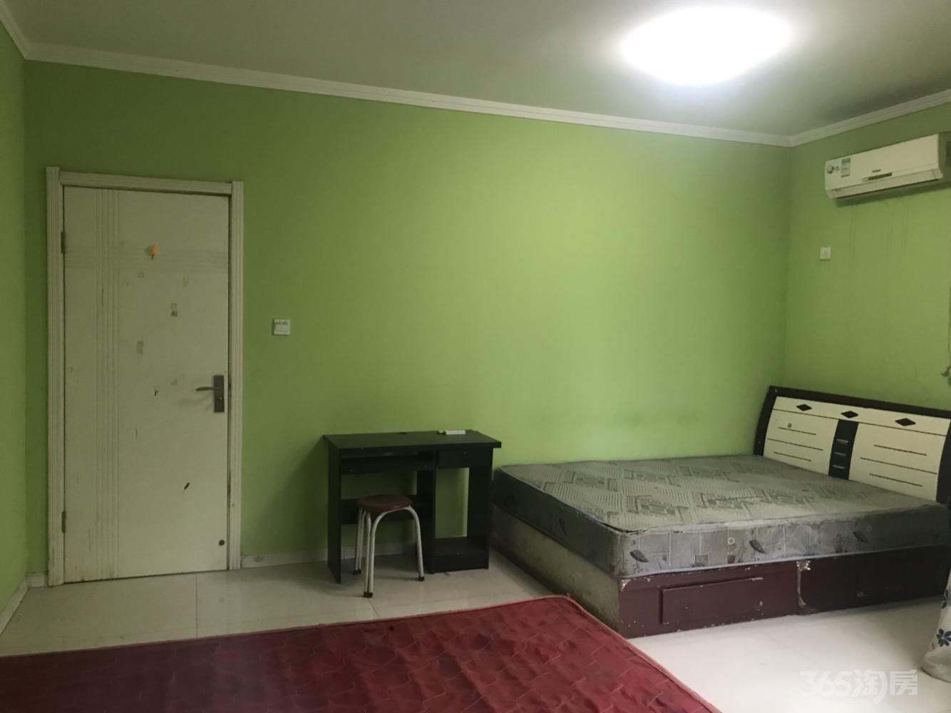 西荷花园小区3室1厅2卫20平米合租简装
