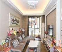 蓝湾四期 精装3房 低楼层 保养新 满两年 看房方便 便宜着急卖