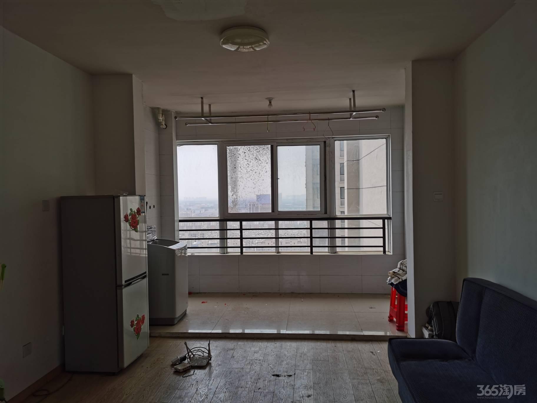 文一名都 4室2厅1卫 1600元