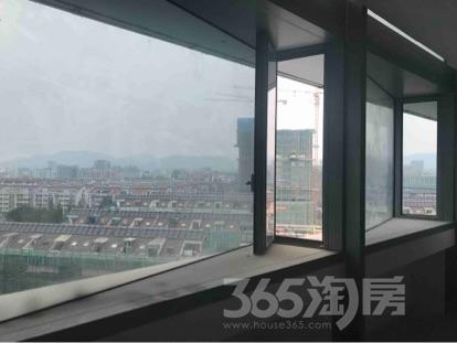 新城总部大厦1860平米合租简装可注册