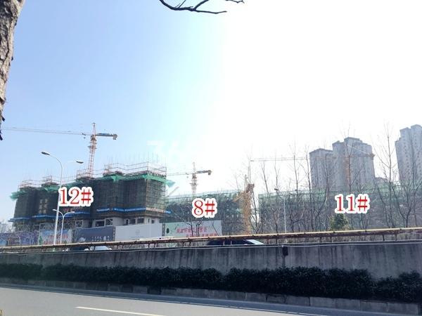 富力运河十号小高层8#楼,高层11#、12#楼实景图(2018.4 摄)