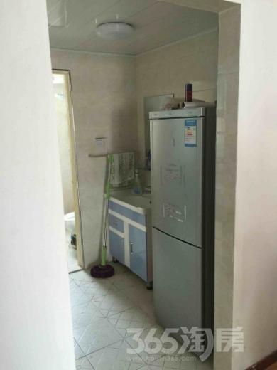 新林芳庭2室1厅1卫80平米整租精装