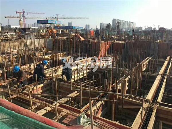 中梁首府工地主体框架搭建实景图(12.26)