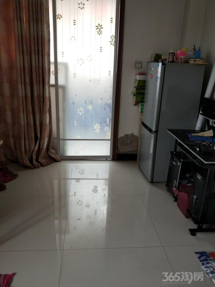 东达花园1室1厅1卫67.2平米18年产权房中装