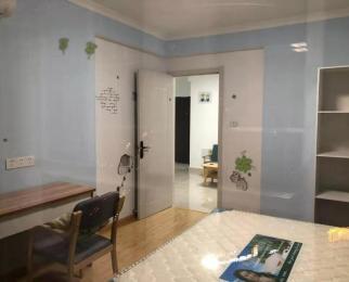 清荷园南园 精装大两房 出门即是地铁口 交通方便 欢迎看房