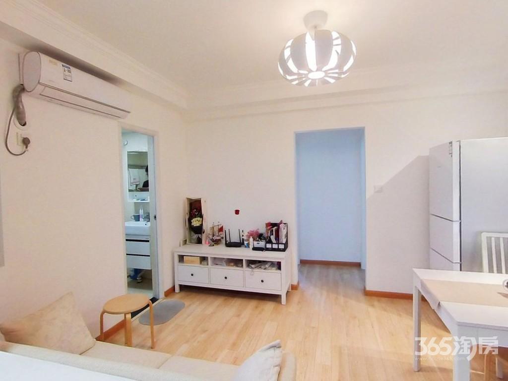 金穗花园2室1厅1卫60.45平方米195万元