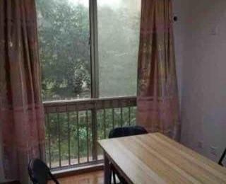 绿野枫景花园3室2厅2卫156平米简装产权房2007年建