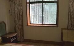 翡翠园三室两厅中装二手房出售