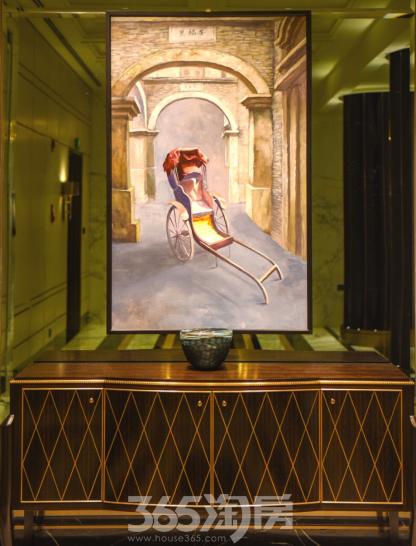(代表上海传统元素的艺术画作是对地缘文化的巧妙烘托  365淘房 资讯中心)