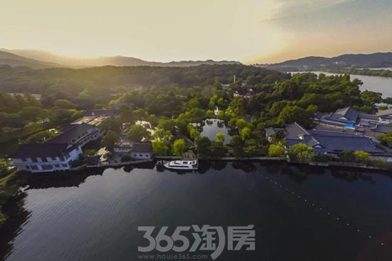 杭州西湖国宾馆俯视实景图(资料图片)