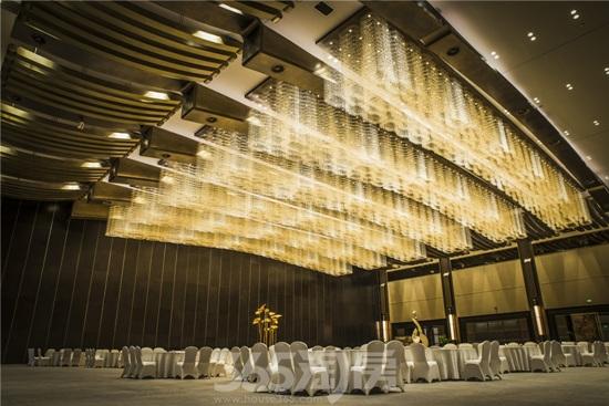 金螳螂作品杭州国际博览中心内厅(资料图片)