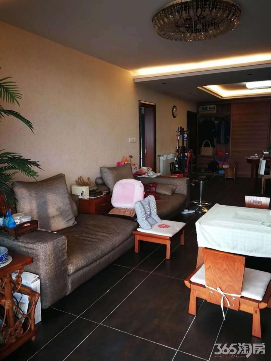 长江之家瀚宫4室2厅2卫165.5平方产权房精装