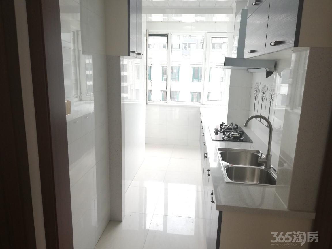 富云新都(西区)2室2厅1卫82平米2010年使用权房精装