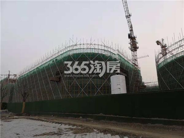 东方万汇城在建综合体进展实景图(10.24)