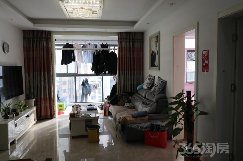 仙林悦城2室2厅1卫64平米整租精装