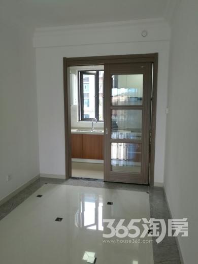 南京碧桂园3室2厅1卫93平方产权房精装