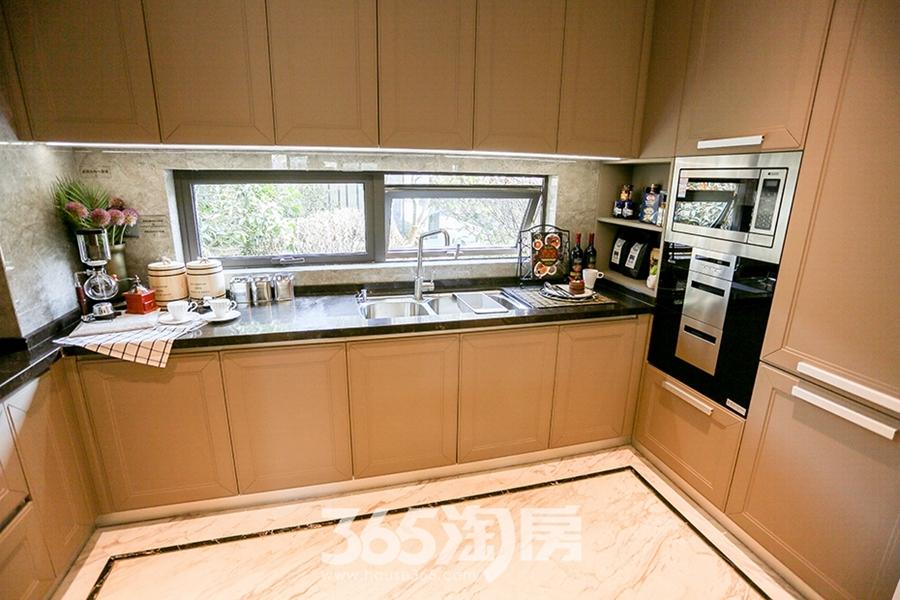 保利香颂152平样板间-厨房