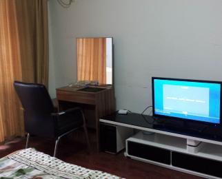 五里墩颐和阳光大厦1室1厅1卫55平米精装整租