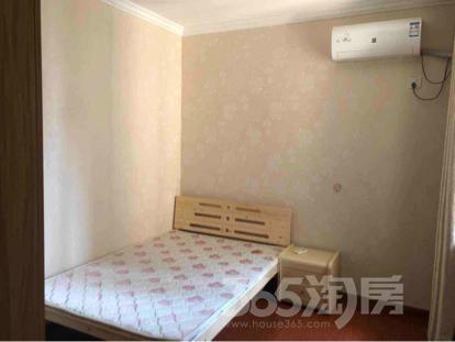 个人租房无中介费 月亮湾3室3厅2卫100平米整租精装