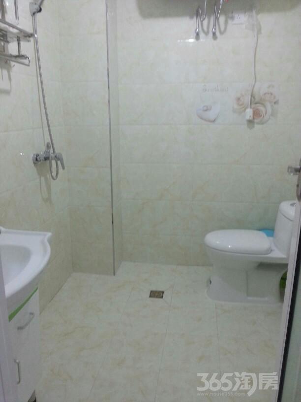 富�Z一号2室2厅1卫102平米整租精装