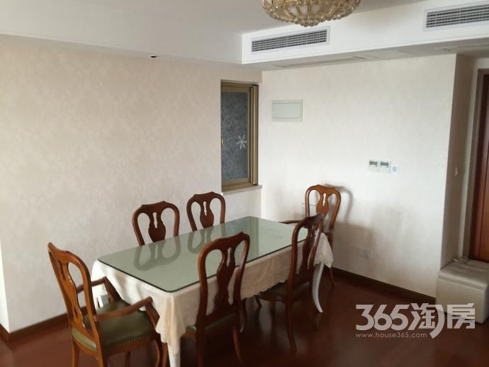 栖庭4室2厅2卫143平方产权房精装