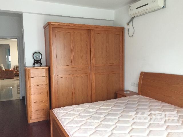 若水家园3室2厅2卫120�O整租精装
