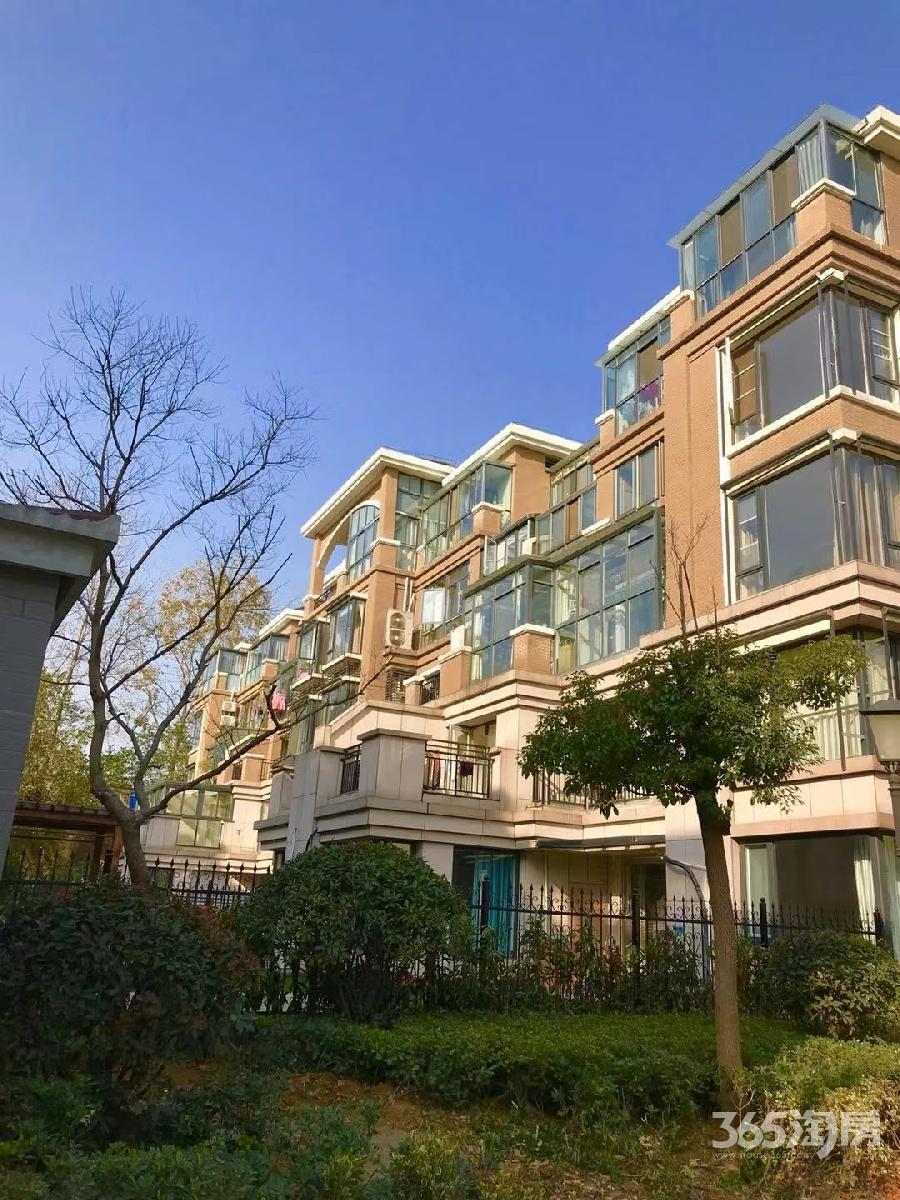 北江锦城4室2厅2卫142.5平方产权房精装