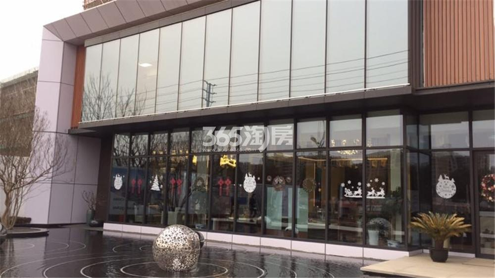 中骏六号街区售楼处外景(4.11)