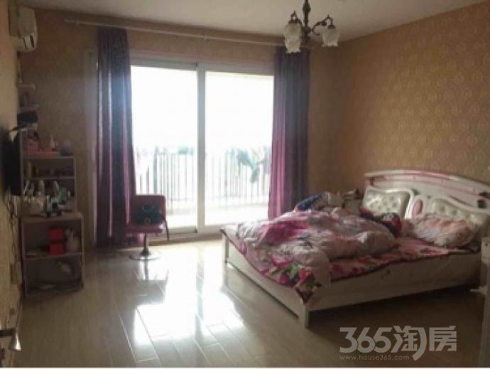 天正滨江5室2厅3卫226平米简装产权房2014年建