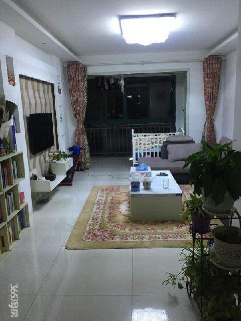 永盛花园2室2厅1卫89平方产权房精装房主急售
