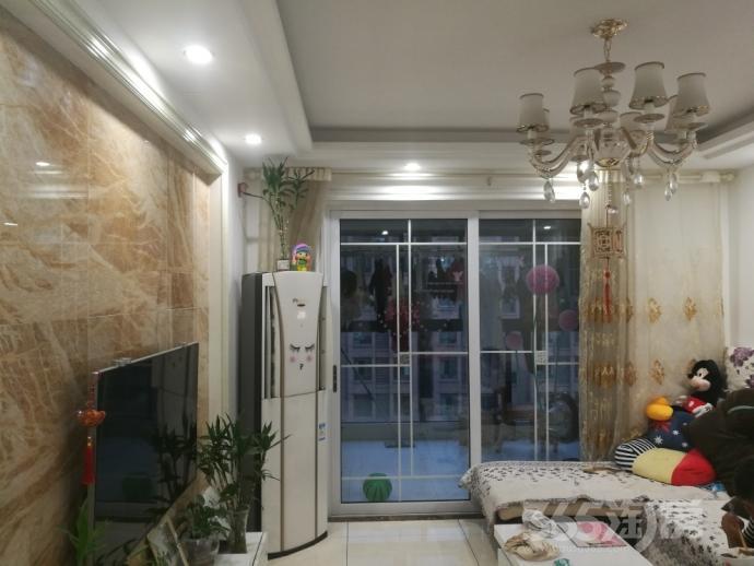 旭日学府3室2厅1卫92平米2012年产权房豪华装