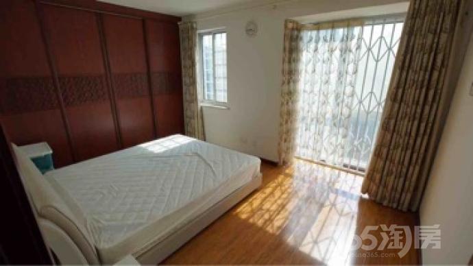 托乐嘉睦邻居5室3厅3卫221.31平米豪华装产权房2006