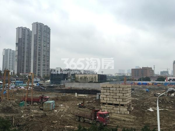 中洲崇安府二期工地实景图(2017.11 摄)