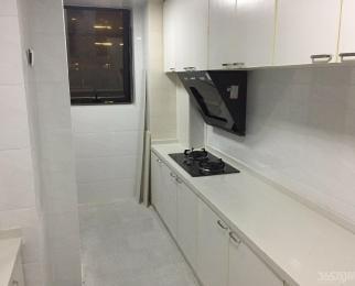 龙湖时代天街3室2厅2卫145平米整租精装