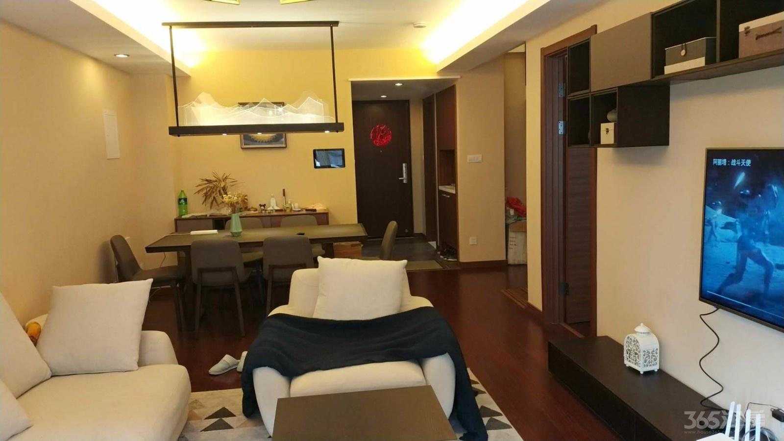 华府国际4室2厅3卫123平方米350万元