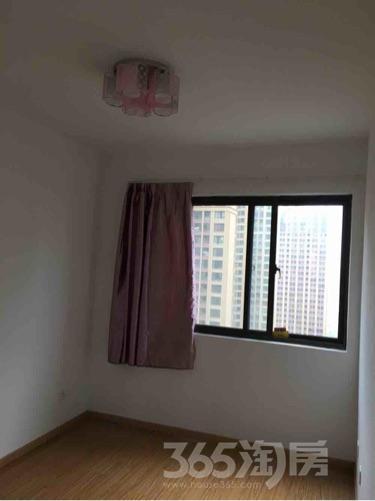 华南城紫荆名都3室2厅1卫87平米整租中装
