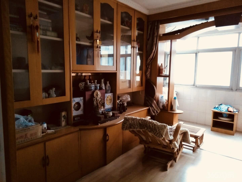 京剧团宿舍3室2厅1卫100平米2000年产权房精装