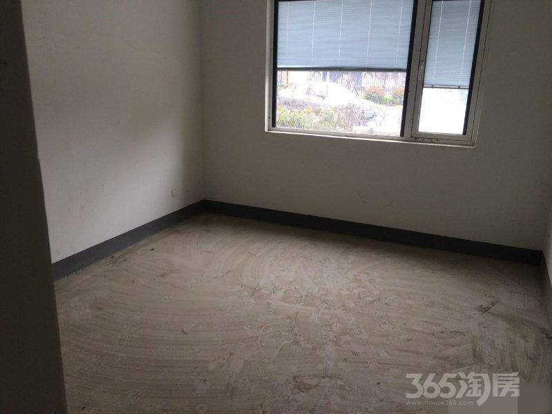 天山绿洲四期好房低价出售,有眼光的看过来中介勿扰